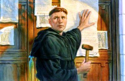 Le Luther d'Albacete cloue sur la porte de son église une liste de péchés mortels