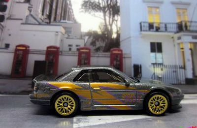 NISSAN SILVIA (S13) HOT WHEELS 1/64.