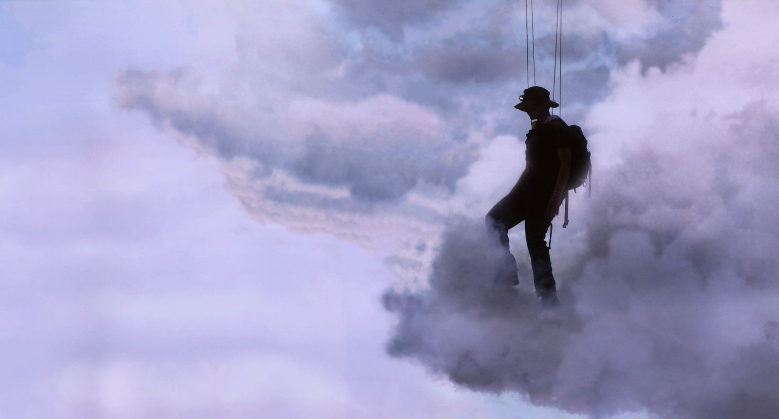 """Walk on clouds"", 2020 de Abraham POINCHEVAL - Courtesy de l'artiste et la galerie Semiose © Photo Éric Simon"