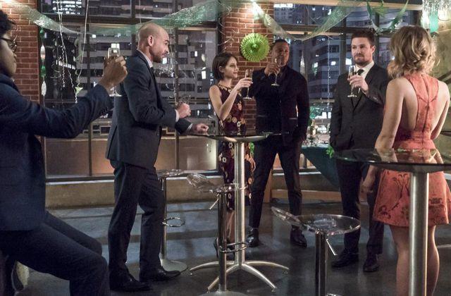 Critiques Séries : Arrow. Saison 5. Episodes 21 et 22.