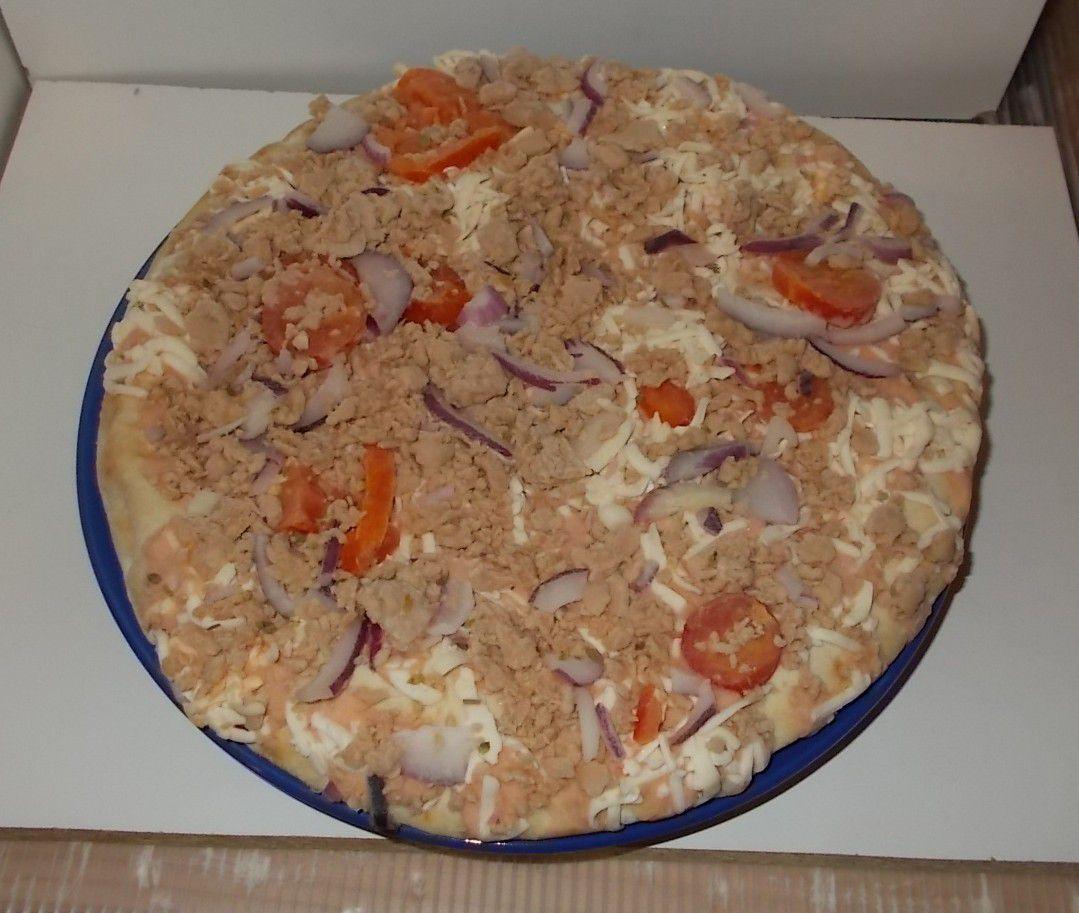 Gangstarella Pizza Thunfisch Joghurt Sauce & Creme fraiche