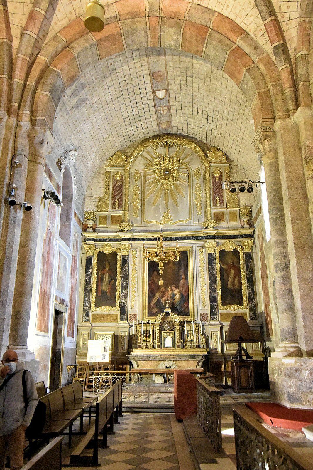 Saint Lizier, sa cathédrale, son cloitre.