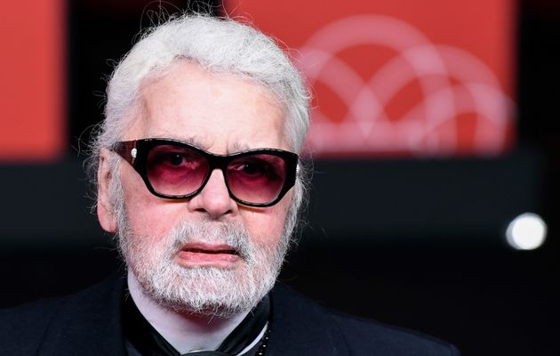 """Fatigué"", Karl Lagerfeld brille par son absence"