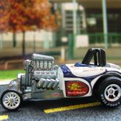 ALTERED STATE HOT WHEELS 1/64 PURE HEAVEN II HOT ROD - car-collector.net