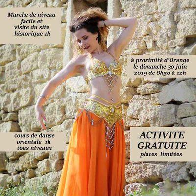 Balade orientale - visite d'un site antique et danse orientale - Orange 84100 Vaucluse - 30 juin 2019
