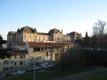Le lycée Jean Moulin à Lyon. Un lieu d'excellence menacé de fermeture