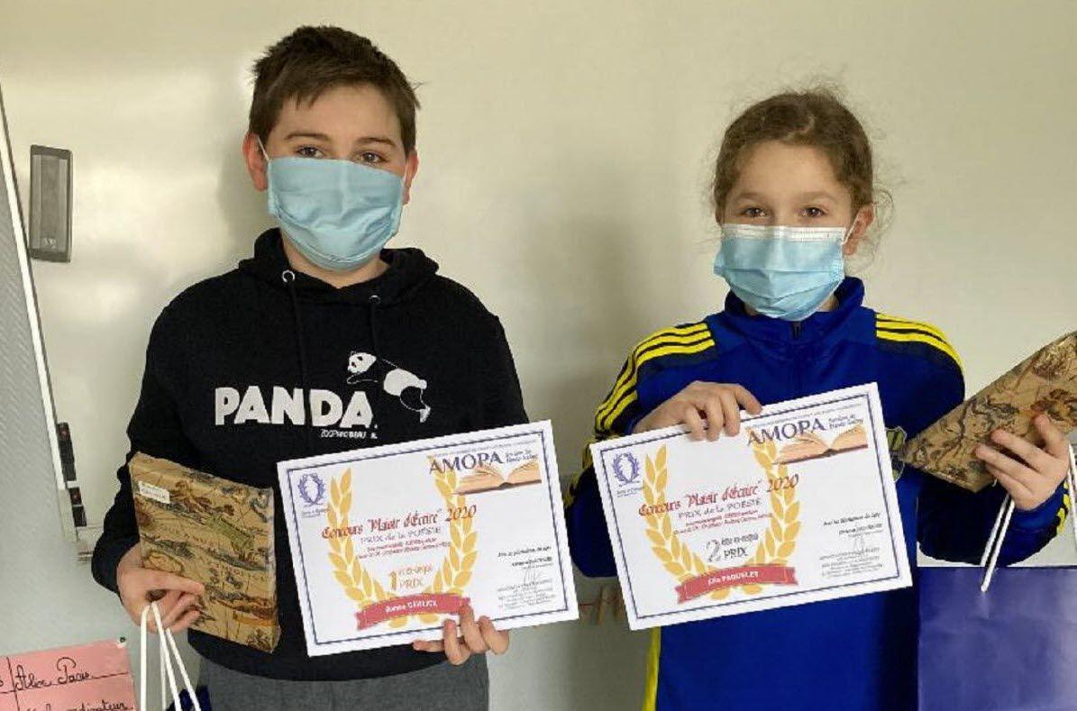 Roméo Gawlick (à gauche) et Ella Paquelet (à droite), deux des lauréats mélinois.  Photo ER