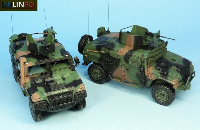 Les deux VAMTAC en livrée 3 tons OTAN (3 photos)