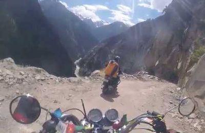 Balade pittoresque à moto