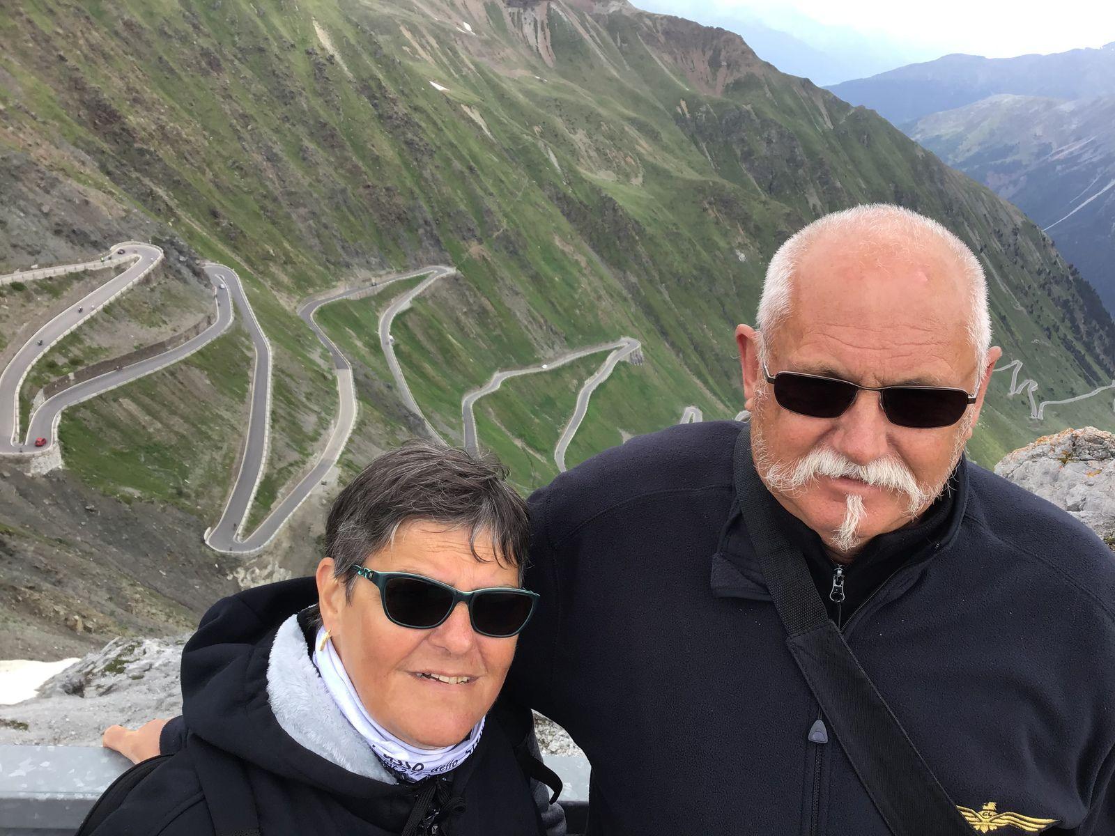Goldwing Unsersbande - Périple Dolomites et Cinque terre : Farniente, ballade à Livigno et le Rifugio au Stelvio 13th day