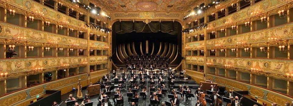 Verdi rouvre La Fenice. La Fenice riapre al pubblico con il concerto lirico Verdi e la Fenice