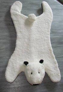Avec Phildar, je tricote un tapis ours polaire