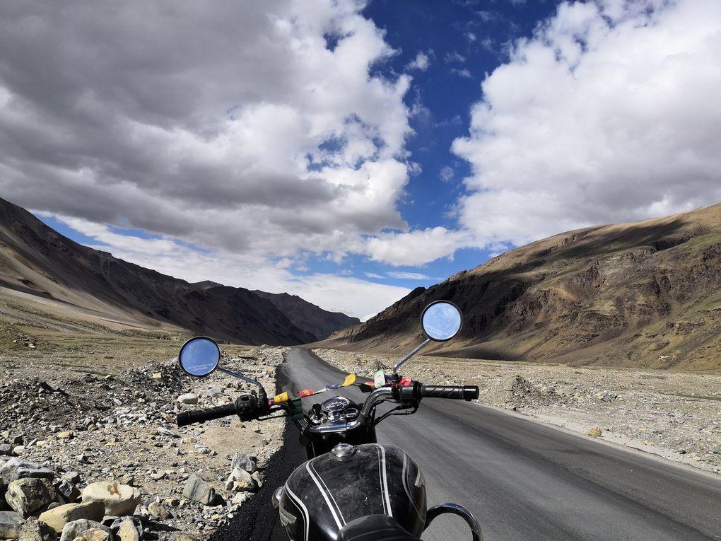 La route vers la vallée de Sarchu