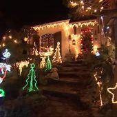 JT 13H - À Marsa, la Maison du Père Noël brille de mille feux depuis 1978