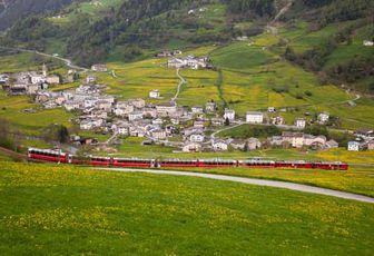 Verde, rosso e blu: sui treni colorati lungo le tratte meno battute