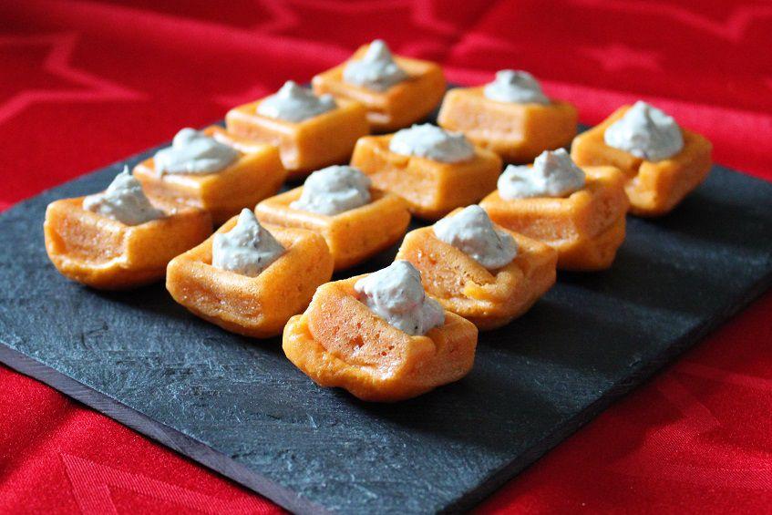 Mini savarins à la tomate et rillettes de sardines