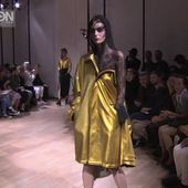 """YOHJI YAMAMOTO"" Spring Summer 2015 Paris by Fashion Channel"