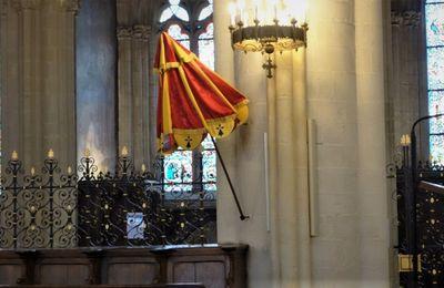 L'ombrellino installé dans  la basilique de Quimper