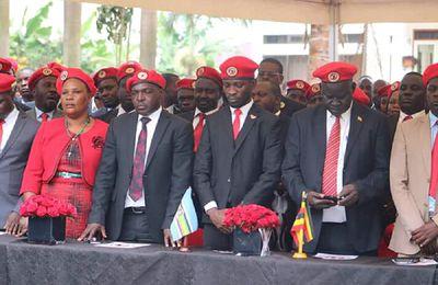 Ouganda: Bobi Wine de son vrai nom Robert Kyagulanyi abandonne son recours contre l'élection présidentielle