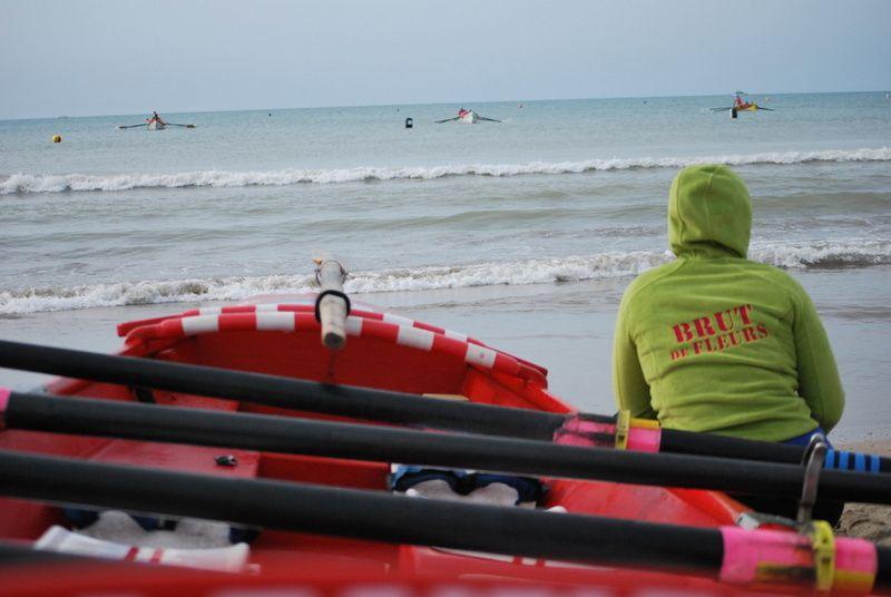 Championnat du monde de sauvetage, les brut de fleurs au surf boat !