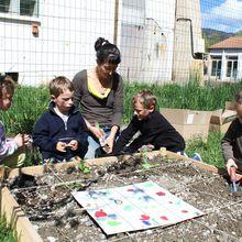 Les enfants de Castellane initiés au jardinage