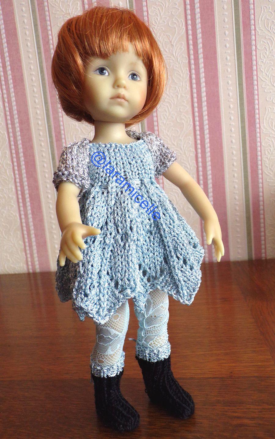 tuto gratuit poupée  : protège épaules argenté