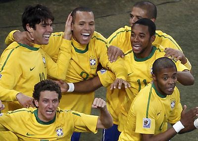 Brasil derrotó 3-1 a Costa de Marfil y está a un paso de octavos del Mundial