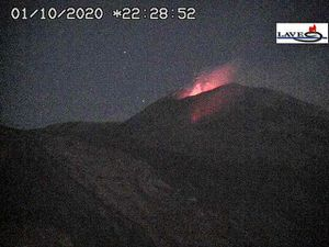 Etna NSEC - continuation of Strombolian activity on 01.10.2020 / 22:28 and 02.10.2020 / 01:28 - LAVE webcam - one click to enlarge