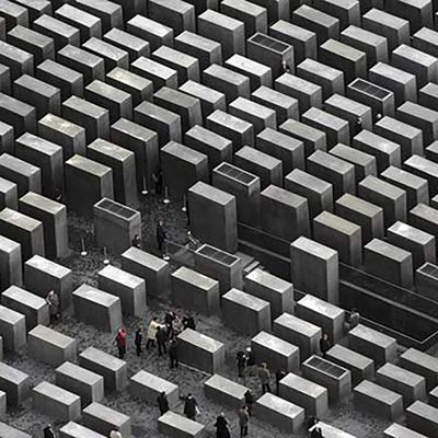 BERLIN MEMORIAL TO THE MURDERED JEWS OF EUROPE BY EISENMAN ARCHITECTS