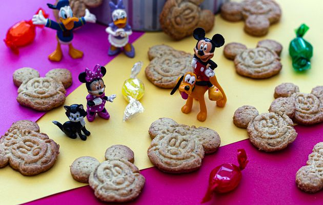 Biscuits à la noisette (Mickey et Minnie)
