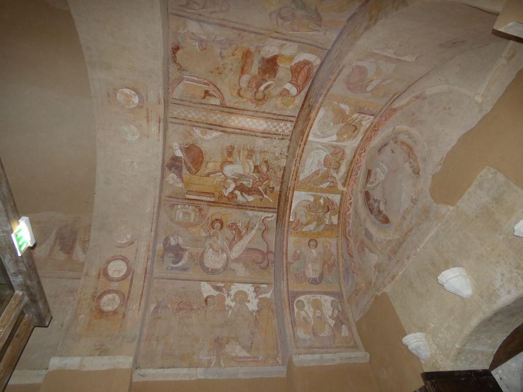 Les fresques du porche