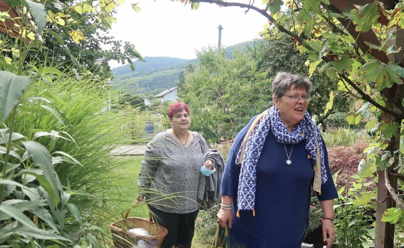 Merci à Bernadette et Christian de nous recevoir chaque année dans leur agréable jardin