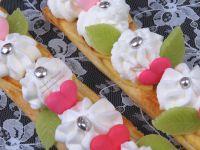 Gâteau - Saint Valentin - Tarte - Fine - Pommes - Cuisine - Recette - Coeur - Chantilly - Sucre - Pâte d'Amande