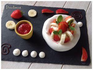 Pavlova fraise banane