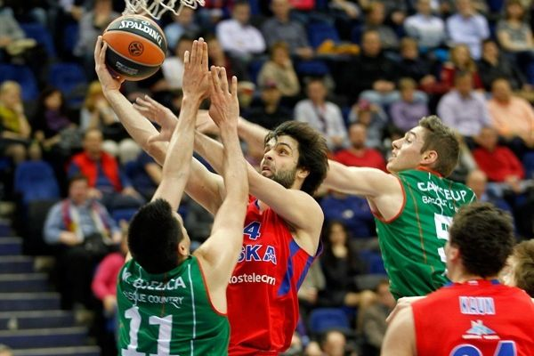 Playoffs: Le collectif du CSKA pulvérise Vitoria