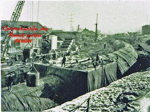 Construction du barrage  et de la conduite Isere Arc.Les photos de la conduite sont prises depuis le rond point dela route de Valmorel.Collection Remi Boutin