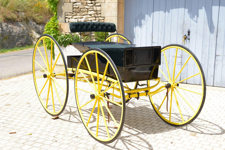 Vente d'une collection de 14 voitures d'origine américaine.