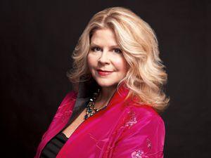 susan graham, une mezzo-soprano née au nouveau mexique et une grande spécialiste du répertoire français