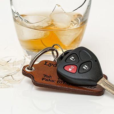 Récidive d'alcool au volant, plus d'interdiction totale de conduite après l'annulation du permis de conduire mais un éthylotest anti-démarrage électronique