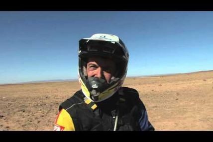 La vidéo du vainqueur MOTO du M'hamid Express, Alain Hermet n°01
