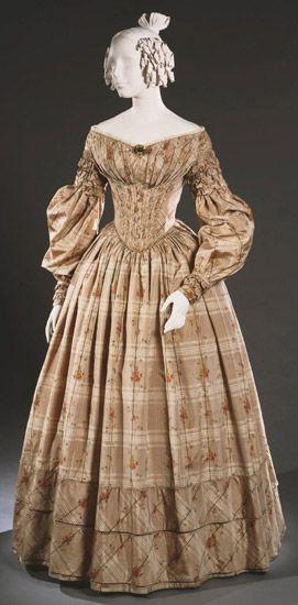 quelques Manches Gigot (costumes où histoire de la mode).