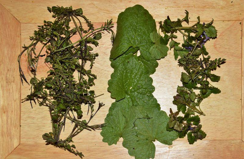 Et hop ! trois petites salades aux goûts originaux, préparées en un rien de temps.
