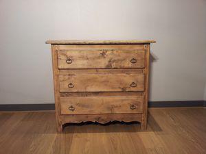 Commode en bois ancienne 650 Euros VENDUE