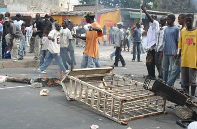 UMP/Guadeloupe : une politique inéquitable, communiste, et ethno-masochiste