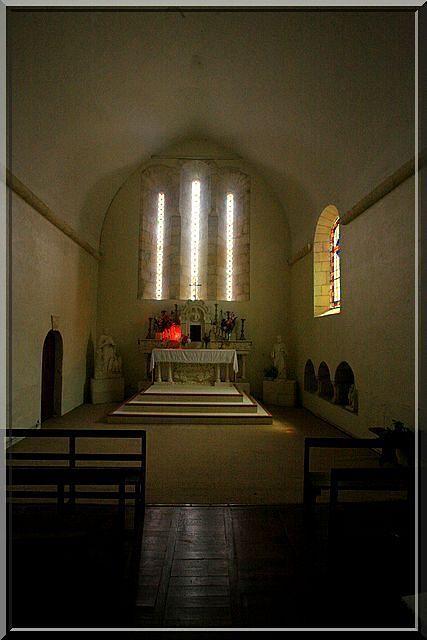 Diaporama église fortifiée de Guimps