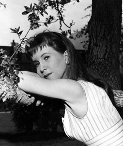 Julie Harris (1925-2013)