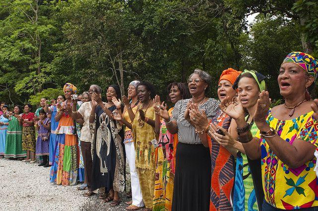 Imágenes afrodescendientes sudamericanos.- El Muni.