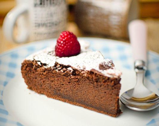 Quand il fait froid je fais un gâteau au chocolat !