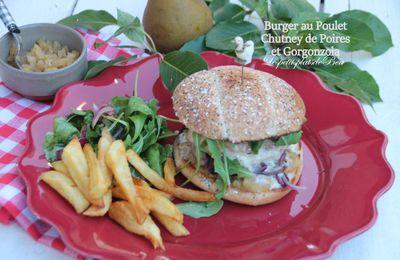Burger au poulet, chutney de poires et gorgonzola