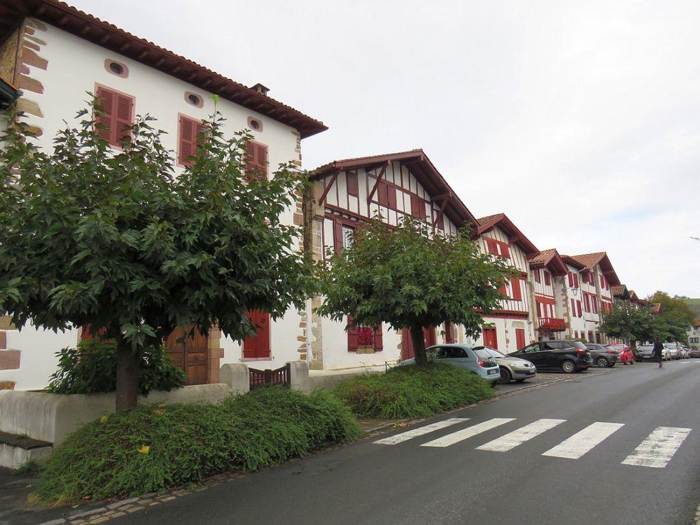 """""""Un des plus beaux villages de France"""" Bastide en Pays Basque"""